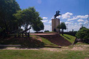 Horse statue in asunción, Paraguay