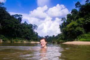 swimming_taman_negara_malaysia