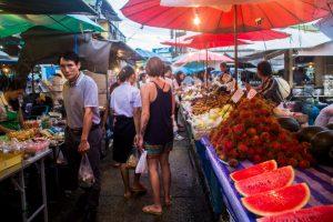 trat night market thailand