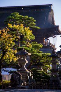 Japanese Alps zenkoji temple nagano