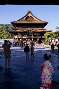 Japanese Alps zenkoji temple nagano kimono